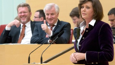 In der quecksilbrigen Seehofer-CSU: Hüber, Seehofer und Aigner am Donnerstag im Bayrischen Landtag