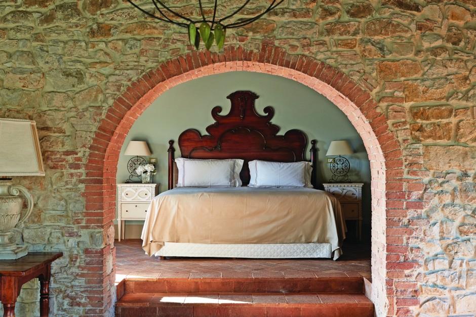 Bruchstein statt Marmor: Auch die Häuser der einstigen Dorfbewohner sind jetzt Teil des Hotels – allerdings ausgestattet mit allem Komfort.