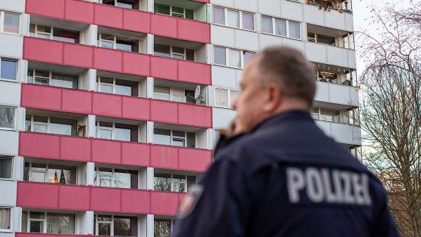 Zwei Duisburger Hochhäuser womöglich für Wochen geräumt