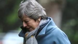 Britisches Unterhaus zeigt May Grenzen auf
