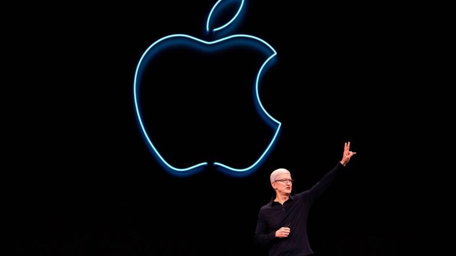 Apple-Chef Tim Cook bei einer Präsentation im kalifornischen San José im Juni 2019: Der Konzern stellt im September seine neuen iPhones vor.