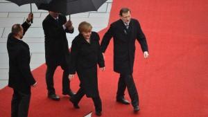 Kanzlerin nimmt Rajoy in Schutz