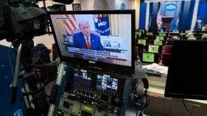 Trump ruft zum Gewaltverzicht auf