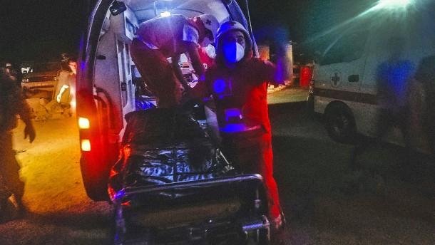 Mindestens 20 Tote nach Tankwagen-Explosion