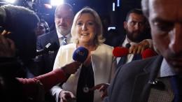 Rechtsextremisten gewinnen EU-Wahl in Frankreich
