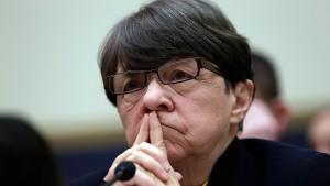Chefin der amerikanischen Börsenaufsicht kündigt Rücktritt an