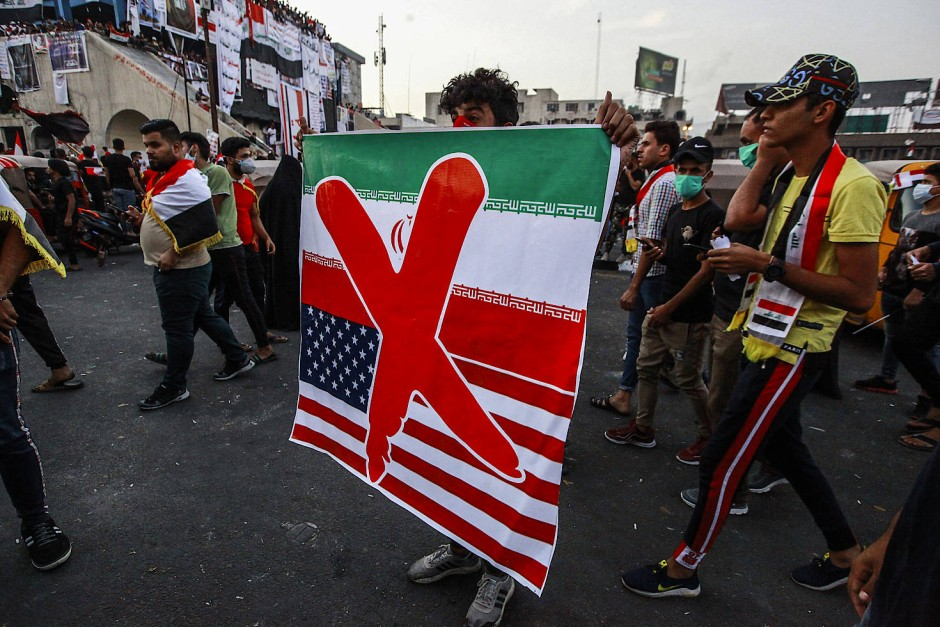 Wut auf Iran und Amerika: Ein Demonstrant in Bagdad