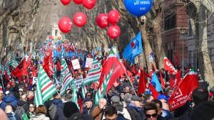 Hunderttausende gegen die Wirtschaftspolitik der Regierung