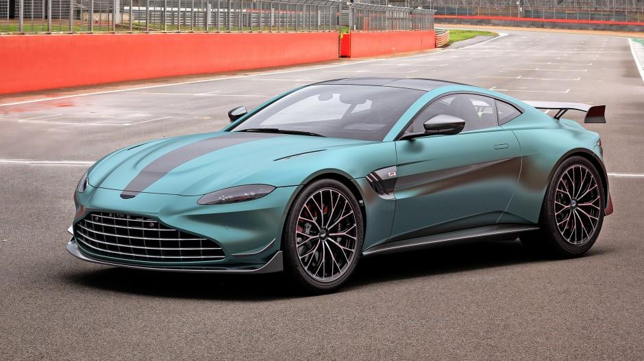 Weist den Weg nicht nur als Sicherheitsfahrzeug in der Formel 1: Aston Martin Vantage Sondermodell F1