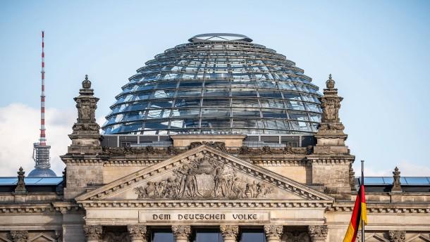 Erster Abgeordneter des Bundestages positiv getestet