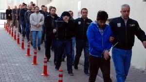 138 mutmaßliche Gülen-Anhänger in der Türkei verhaftet
