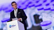 Er hat kein Interesse daran, die Patente für seinen Impfstoff aufzugeben: Albert Bourla, CEO von Pfizer
