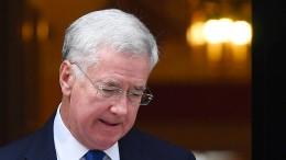 Britischer Verteidigungsminister Fallon tritt zurück