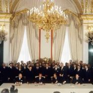 12. August 1970: Brandt und Kossygin unterschreiben den Vertrag.