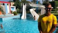 Die Paradedisziplinen des 18 Jahre alten Spyridonas Douvris sind Kraulen und der Schmetterlingsstil, jeweils auf 50 und 100 Meter. Bei den kretischen Meisterschaften hat er damit schon elf Medaillen gewonnen.
