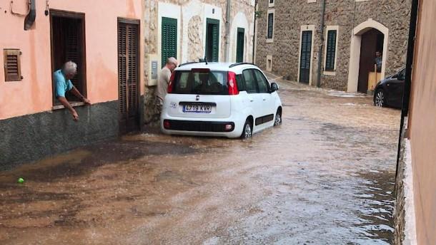 Schulbeginn auf Mallorca wegen Unwetters verschoben