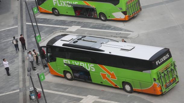 Flixbus greift Regierung an