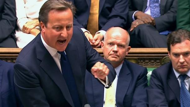 Nach einer überraschenden Niederlage der britischen Regierung im Parlament sollen die Streitkräfte des Landes nicht an einem etwaigen Syrien-Angriff teilnehmen.
