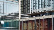 """Paarbildung: Woody Allens Beziehungskomödie """"Husbands and Wives"""" kommt als Bühnenstück in das Schauspiel Frankfurt"""