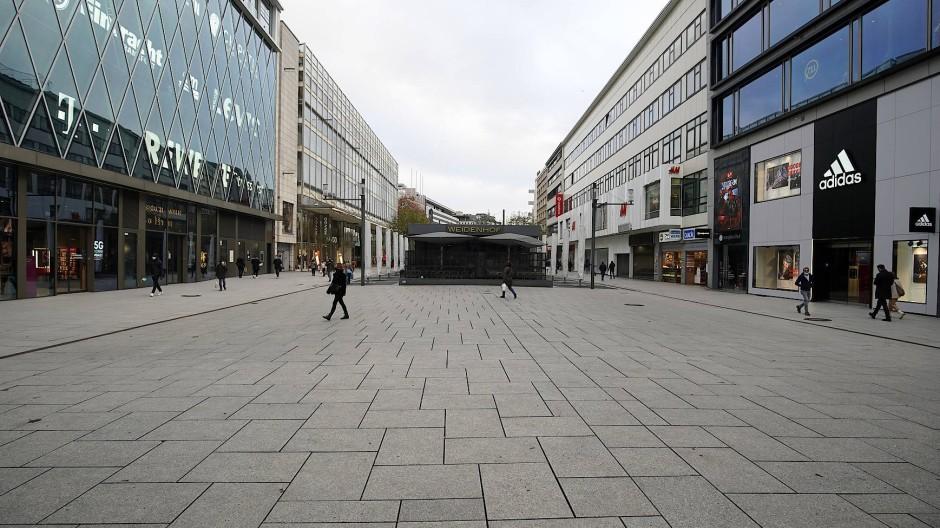 Einzelhandel in Gefahr: Wegen der Corona-Beschränkungen sind die Innenstädte leer.