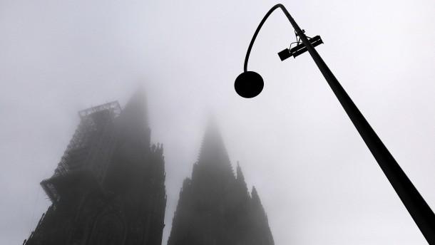 Priester blieb trotz mehrfacher Verurteilung Seelsorger