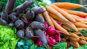 Mit Gemüsebergen gegen den Krebs