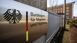 Brüssel will bei Asylverfahren helfen