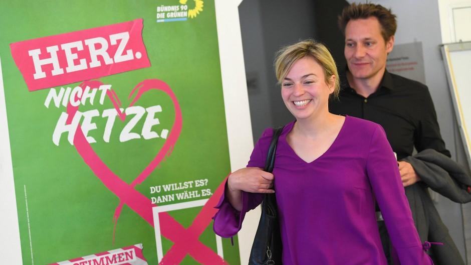 Bester Laune: Die Spitzenkandidaten der Grünen am Morgen nach der Wahl in München.