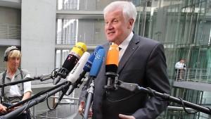 Seehofer sucht den Spitzenkandidaten