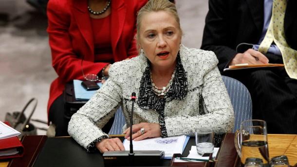Clinton: Malische Terrorgruppen verantwortlich
