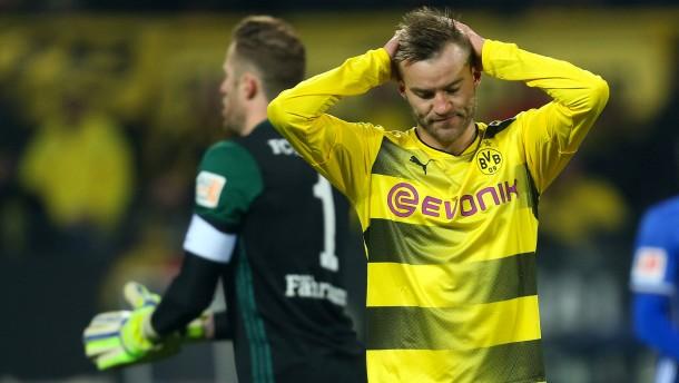 Dortmund verschenkt doch noch den Derbysieg