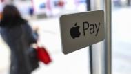 Facebook und Apple werden den Banken gefährlich