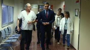 Spaniens Regierungschef besucht verwundete Polizisten