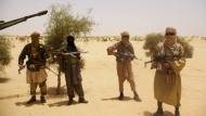 Al Qaida führt europäische Geiseln vor