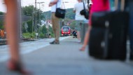 Ohne große Kontrolle kam der Zug-Attentäter von Würzburg wohl nach Deutschland
