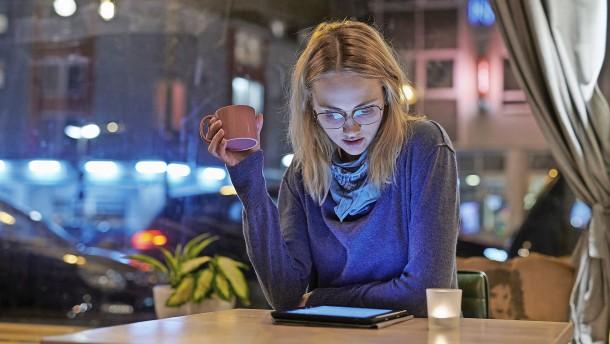 Wie man seriöse Finanzinformationen im Internet findet