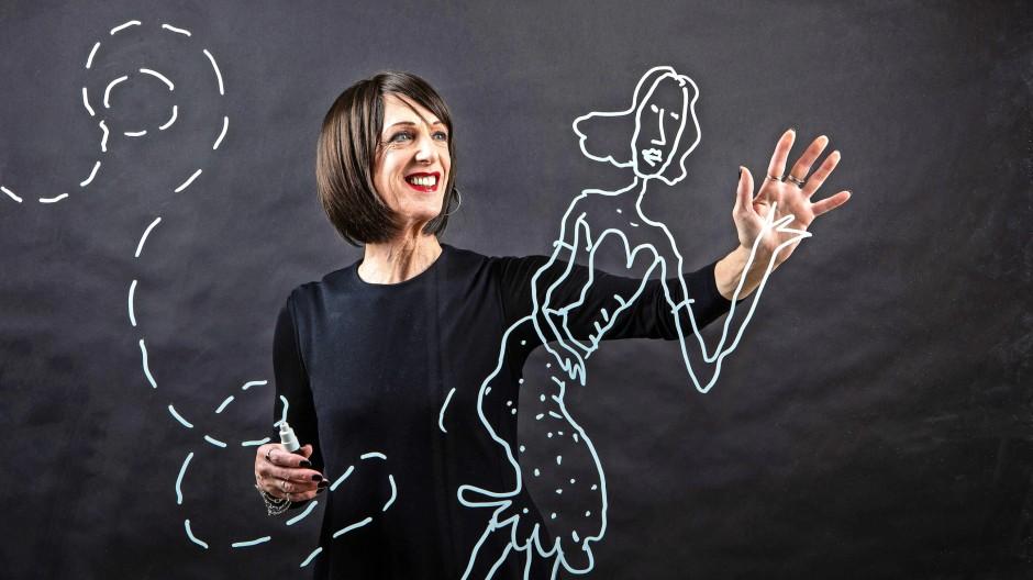 """""""Nennt mich, wie ihr wollt"""": Steven Appleby zeichnet den Protagonisten seines neuen Buchs auf eine Glasscheibe."""