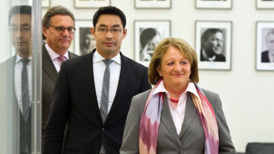 Bundeswirtschaftsminister Rösler und Bundesjustizministerin Leutheusser-Schnarrenberger am Freitag vor dem Treffen mit Vertretern von Microsoft und Google