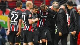 Russ-Verletzung trübt Eintrachts Freude