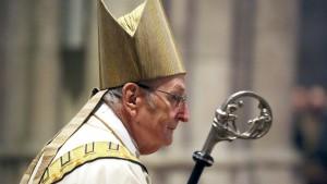 Kölner Domkapitel befragt Katholiken