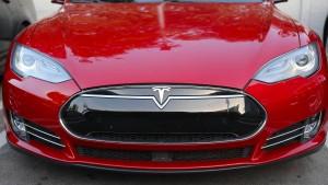 Tesla nachbörslich unter Druck