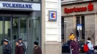 Volksbanken und Sparkassen können aufatmen.