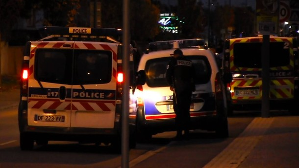 Autofahrer fährt in Menschengruppe in Toulouse