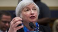 Die Vorsitzende der amerikanischen Notenbank Janet Yellen erklärt im Kapitol die Strategie der Fed (Juni 2016).