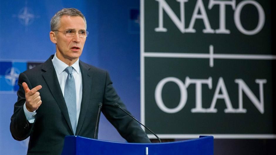 Nato-Generalsekretär Jens Stoltenberg bei einer Pressekonferenz im Nato-Hauptquartier in Brüssel