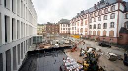 Campus mit Nähsaal und Dachterrasse
