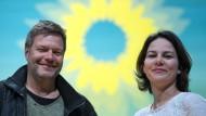 Im Nimbus der Sonnenblume: Robert Habeck und Annalena Baerbock