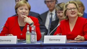 Merkel peilt CO2-Neutralität bis 2050 an