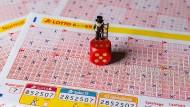 Den Lotto-Jackpot kann man diese Woche auch mit weniger Richtigen knacken.