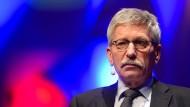 Der frühere SPD-Politiker und umstrittene Bestsellerautor Thilo Sarrazin während einer Lesung in Potsdam